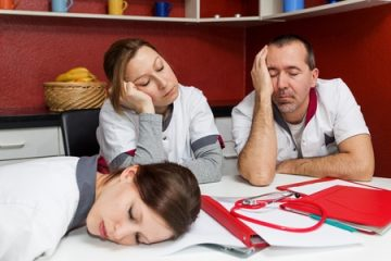 אם רוב הרופאים הצעירים מיואשים מהעבודה, לאן הולכת לנו מערכת הבריאות?
